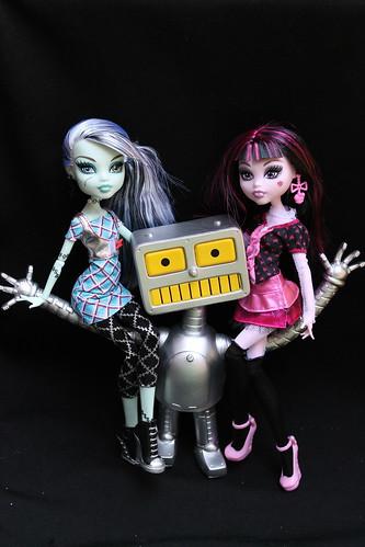 188/365- Monster High <3 Popfuzz