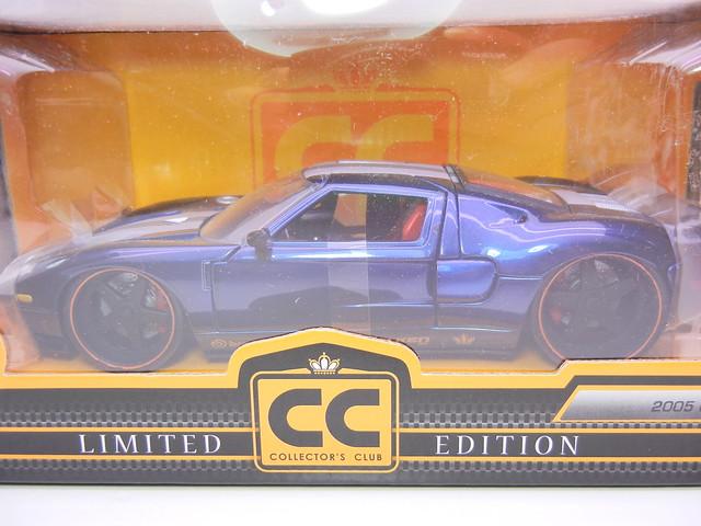 jada toys 2006 Ford GT Navy (3)