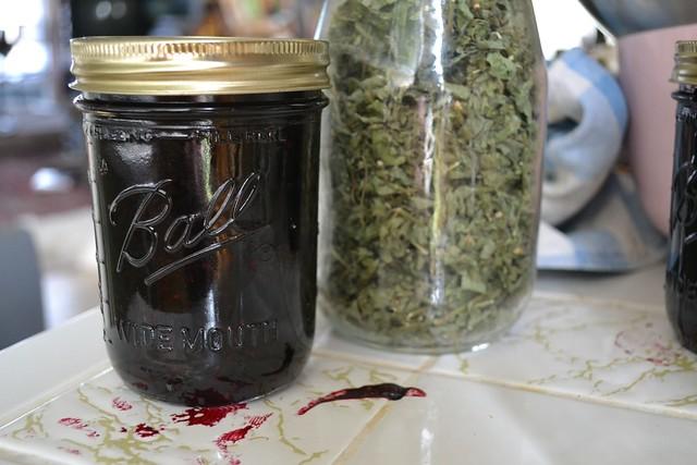 Blackberry jam and lemon balm