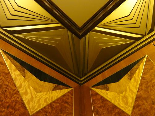116/365 Elevator