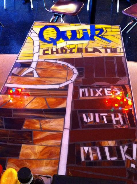 Quik table
