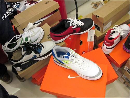 Robbey-Nike001