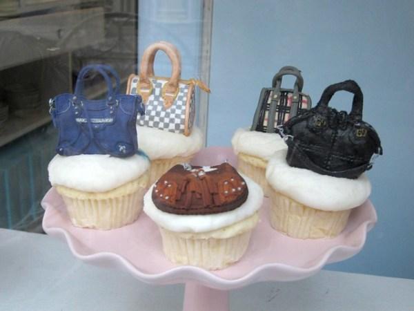 Sonja's handbag cupcakes