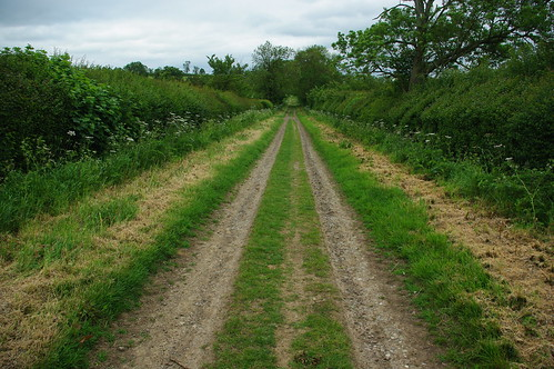 20110529-08_Jurassic way long straight byway nr Braunston by gary.hadden