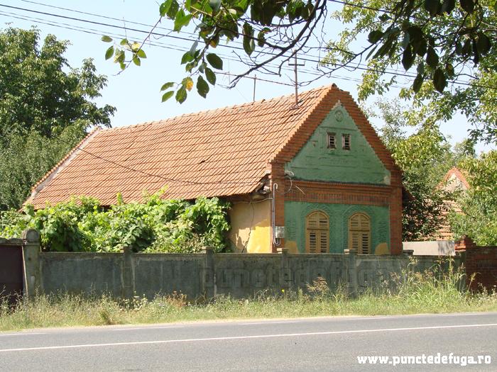 casa comuna Coşteiu