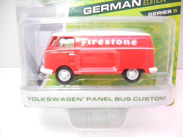 greenlight motorworld german edition volkswagen panel bus custom (2)