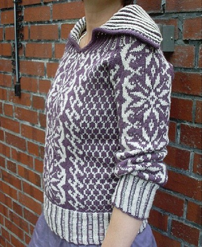 Snowfall Gothic Pullover