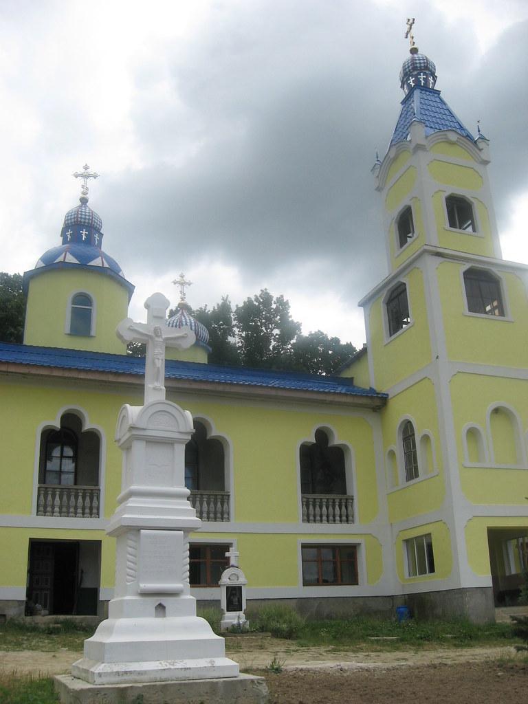 Manastirea Veverita12