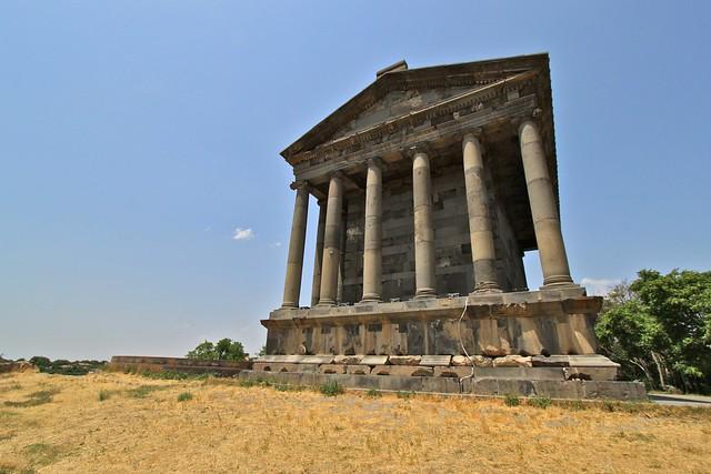 Façade arrière du Temple de Garni, Arménie