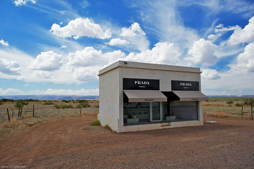 Midday at the Prada Marfa