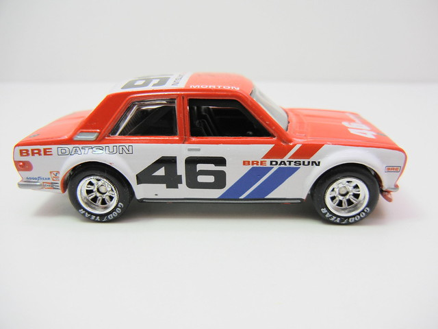 HOT WHEELS VINTAGE RACING JOHN MORTON'S BRE DATSUN BLUEBIRD 510 (4)