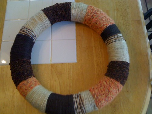 yarn wreath wrapped!