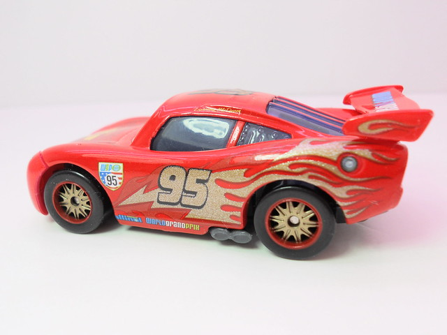 disney cars 2 finish line frenzy exclusives (4)