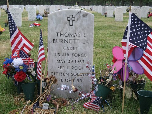 Grave of Thomas E. Burnett Jr