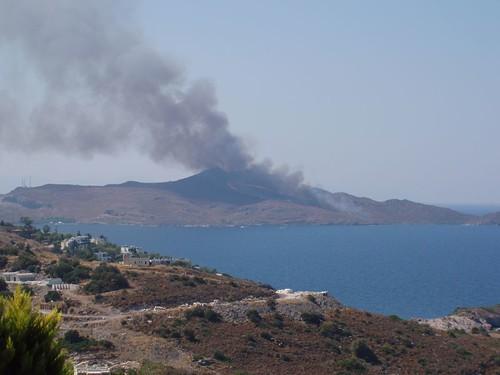 201109230016_fire