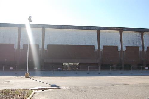 Cloverleaf Mall, Richmond, VA (abandoned since 2008) (4/6)