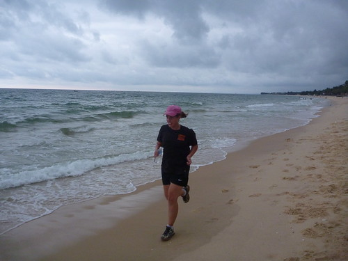 Lol parkrunning on Mui Ne beach