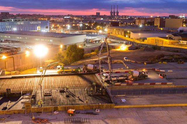 Hormigonando una de las últimas losas del sector de Triangle Ferroviari - 21-10-11