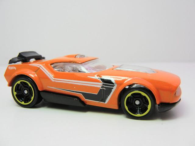 2011 hot wheels mystery cars blind pack (5)