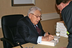 """Dr. Kissinger signs """"On China"""""""