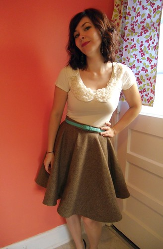 how to add lining to a circle skirt