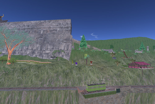 The end of the Great Wall of Second Life ... the start of our trail