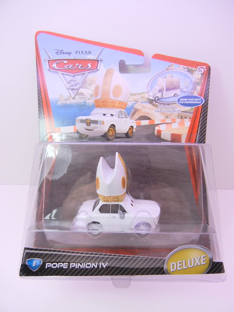 DISNEY CARS 2 POPE PINION IV (1)