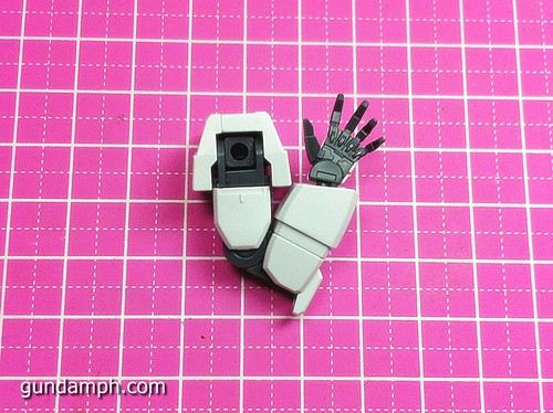 1 144 HG Gundam AGE-1 Normal Review OOB Build  (27)