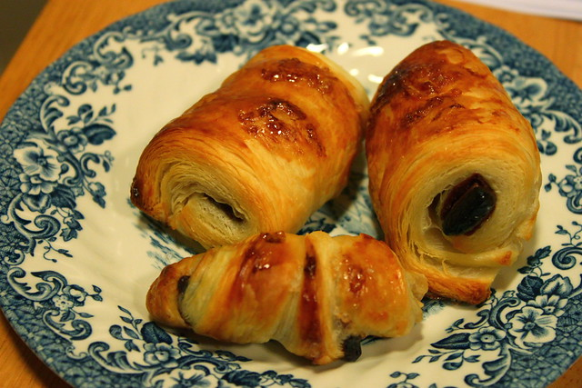 cheater pain au chocolat