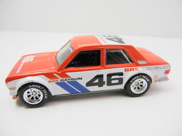 HOT WHEELS VINTAGE RACING JOHN MORTON'S BRE DATSUN BLUEBIRD 510 (2)