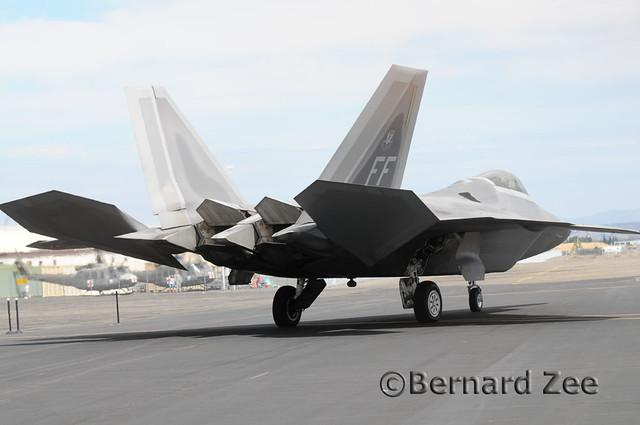 猛禽yf-23-差別差在哪裡??? | Yahoo奇摩知識+