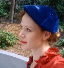 hat - berret profile
