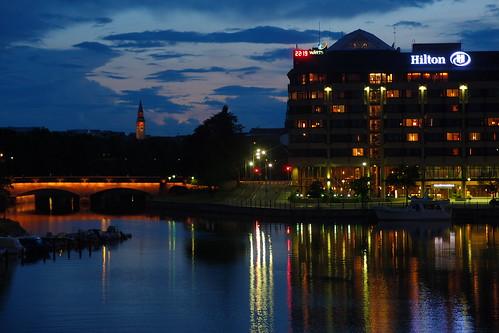Hakaniemi Bridge by night