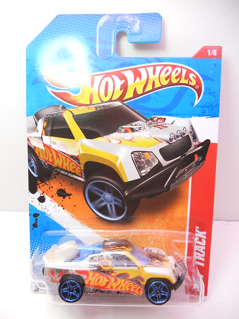 hot wheels off track beige (1)