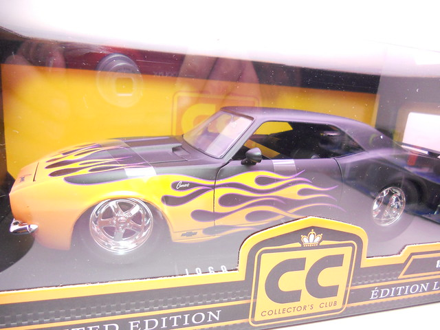 jada toys collectors club 1968 chevy camaro (2)