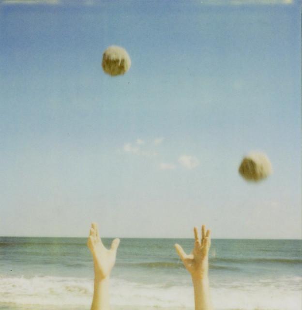 tim throws sandballs