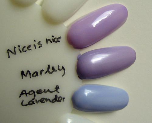Vaaleiden violettien vertailu