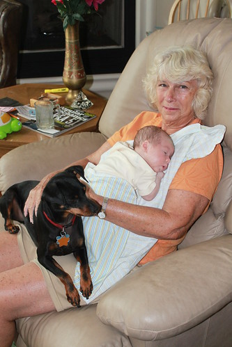 Sagan - August 19 - With Grandma and Willie 2