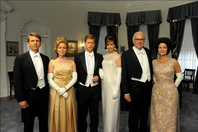 The Kennedy family left_Bobby_Ethel_Jack_Jackie_Joe Sr._Rose