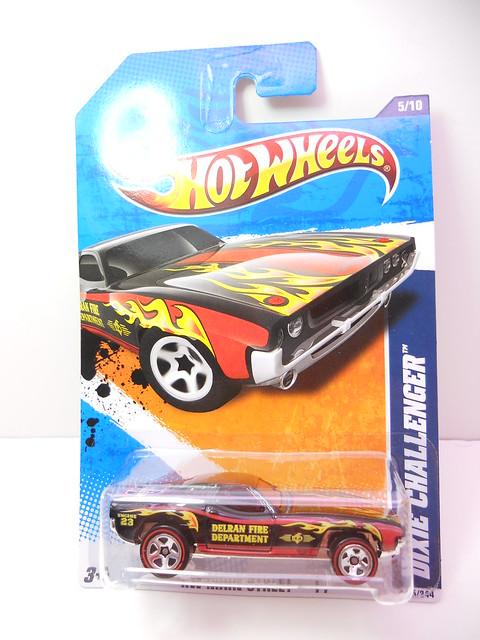 hot wheels dixie challenger blk (1)