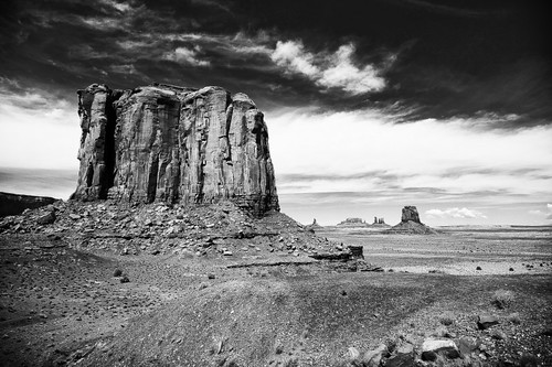 monument valley by Alessandro Piazza Squarephoto