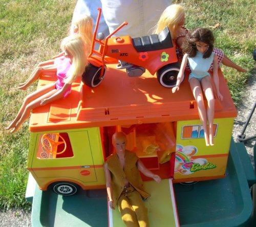 Barbie party van