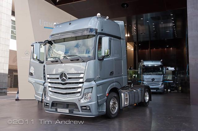 New Actros Pix - IAA Frankfurt 2011