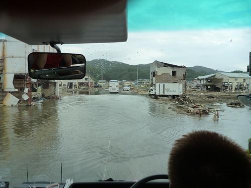 気仙沼, 陸前高田市高田町でボランティア, 「手を貸すぜ 東北」レーベン号 Volunteer at Rikuzentakata, Iwate pref. Deeply Affected Area by the Tsunami of Japan Earthquake