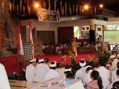 Hiburan Drama Topeng Bali