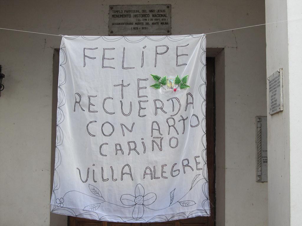 Homenaje a Felipe Camiroaga