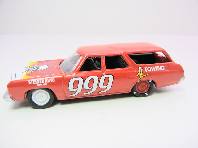 johnny lightning 1975 chevy caprice wagon demolition derby (2)