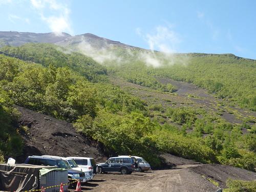 吉田口登山道. 一合目から富士山に登る Climbing Mt.fuji, from the starting point of Yoshidaguchi Climb Trail