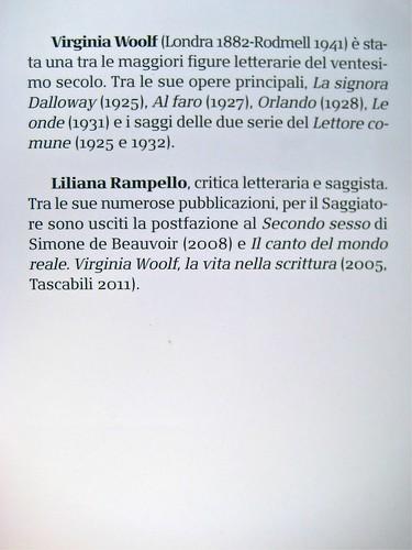 Virginia Woolf, Voltando pagina. Saggi 1904-1941. ilSaggiatore 2011 [responsabilità grafiche non indicate]; alla cop.: ©Hulton-Deutsch Collection/Corbis. Risvolto della quarta di copertina (part.) , 1