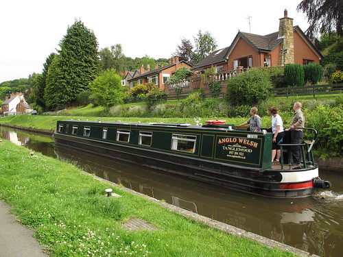Tanglewood on the Llangollen Canal